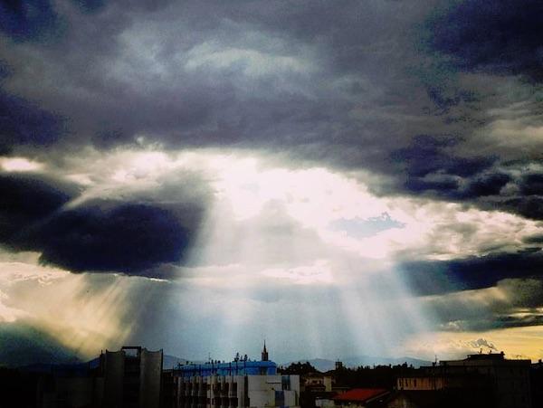 crepuscular-rays-2015