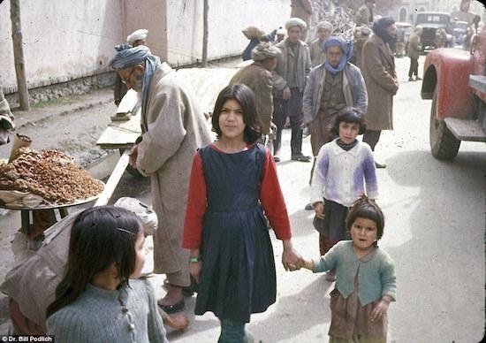 1967-afganistan-children