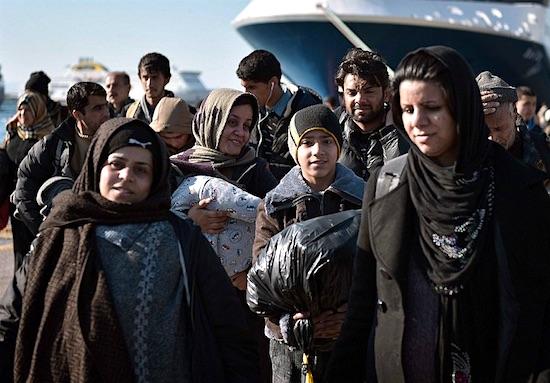 refugee-arrival-01