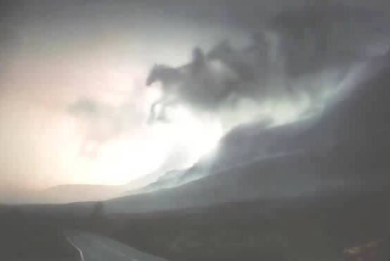 malasia-horsemen-top