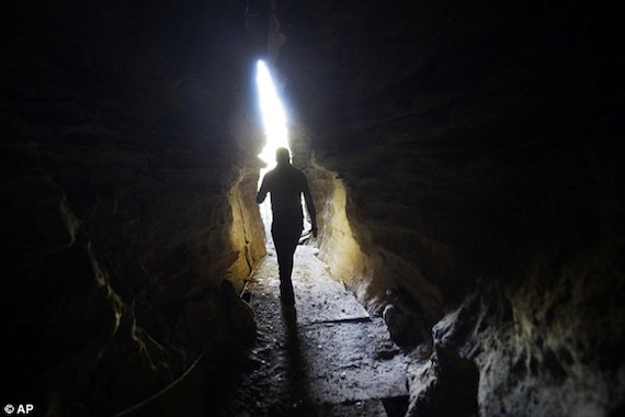 cave-03