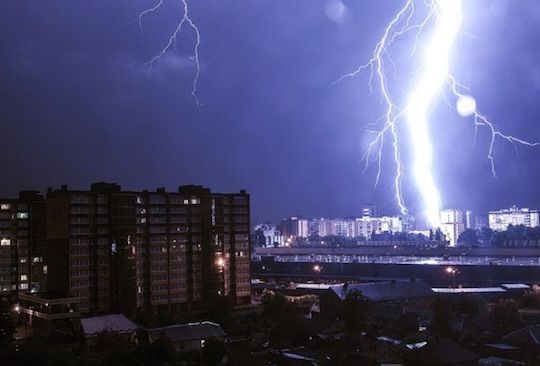 ukraine-lightning-0717