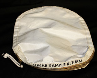 apollo-11-luner-sample-return