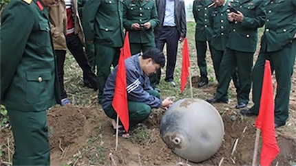 vietnam-spaceballs