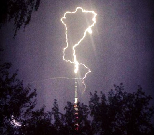 moscow-lightning-tower