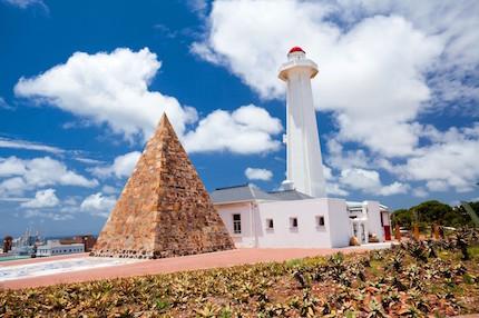 pyramid-and-lighthouse