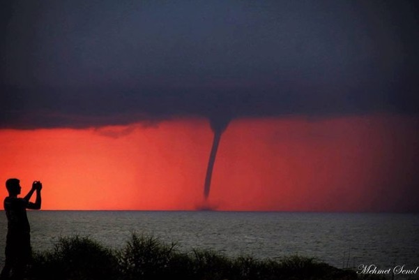 red-waterspout