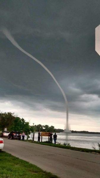 waterspout-nebraska