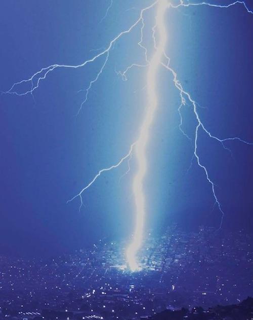 mexico-city-lightning