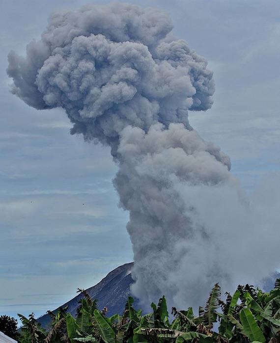 イエローストーンの「噴火へのプロセス」は今まで考えられていた数千年単位ではなく、「たった数十年単位で噴火に至る」ことが調査により初めて示される。そしてそのイエローストーンでの地震の記録は過去最長に